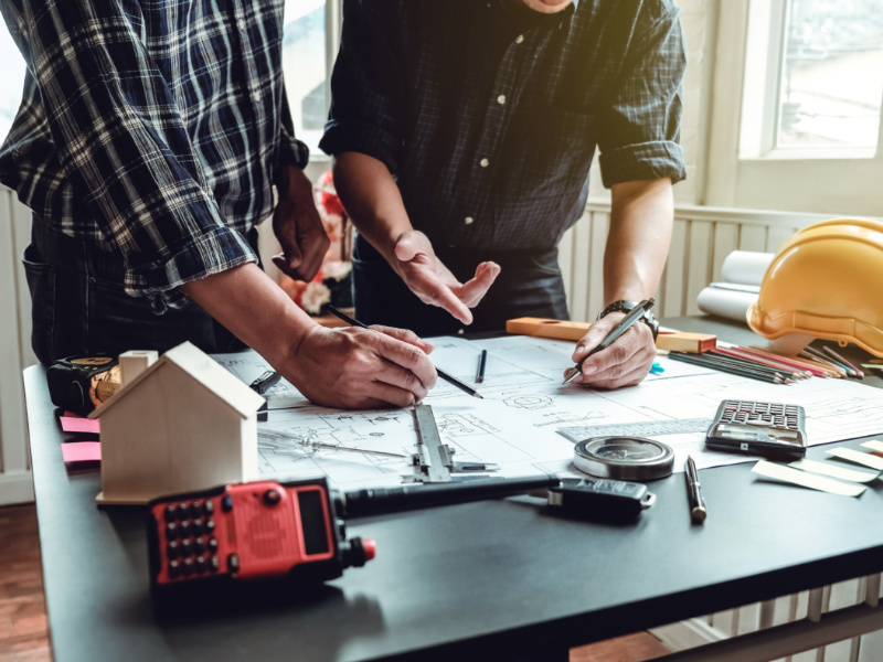 5 Essential Finance Tips For Contractors