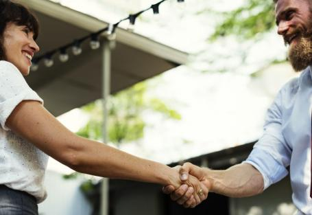 4 Small Gestures That Will Lead to Loyal Customers