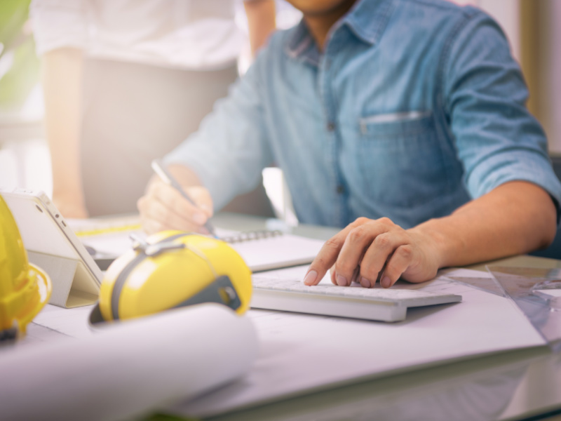 The 5 Most Important Topics To Include on a Contract