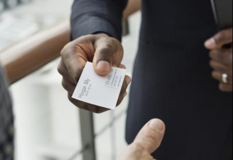 5 Tips for a Winning Business Card
